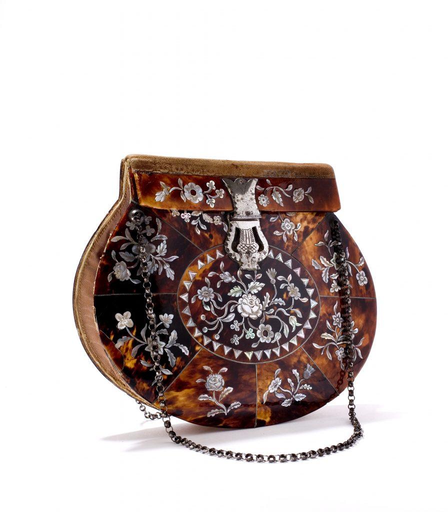 с1810-1820 гг сумочка из черепахового панциря с инкрустацией