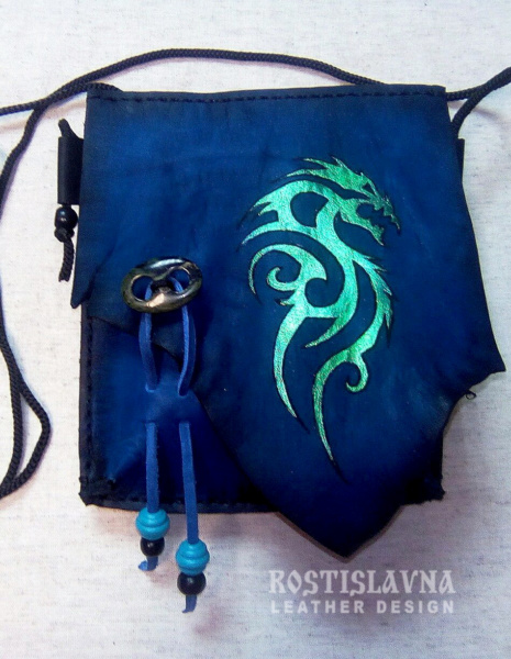 Сумочка для прогулок с драконом синяя